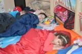 17_A_potom_všichni_spali._._._._._